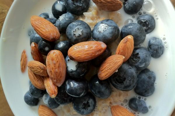 Healthy, Seasonal Oatmeal